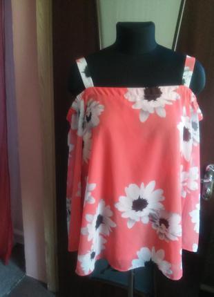 Очень красивая коралловая шифоновая блуза с оригинальными рукавчиками 12/14/16 раз.