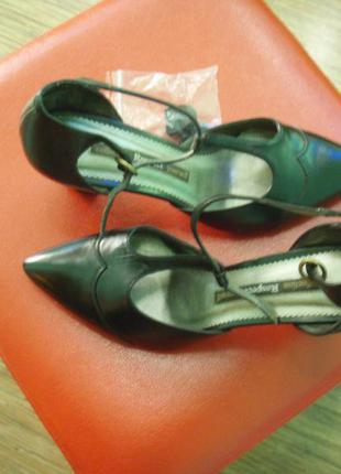 Новые туфли от respect 38 разм