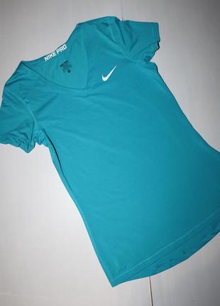 Спортивная футболка размер м