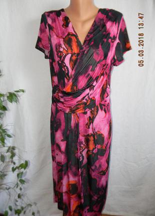 Красивое вискозное платье с принтом per una