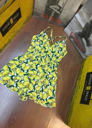 Сочный ромпер комбинезон шорты в лимоны с открытой спиной на xs-s