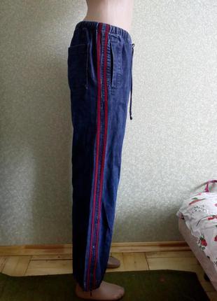Джинси з полосками збоку.прямі.с лампасами брюки штани