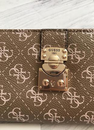 Стильный кошелёк от guess