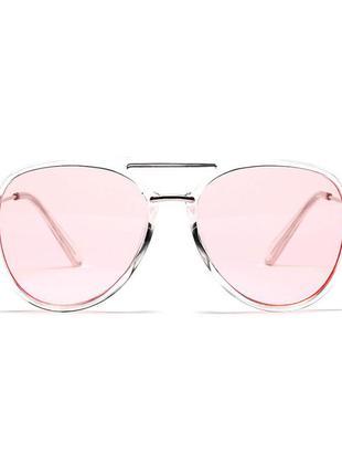 Солнцезащитные очки-капли с розовой линзой и полупрозрачной метало-пластиковой оправой