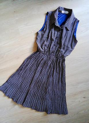 Синее платье рубашка без рукавов принт бабочка