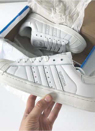 Кроссовки полностью белые (37.39.40)