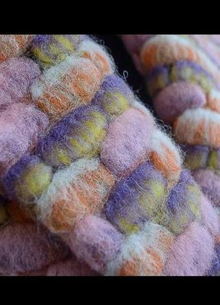 Розовое пальто из валяной шерсти ukume
