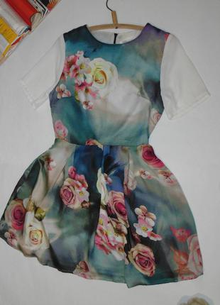 Нежное/стильное платье в розах glamorous