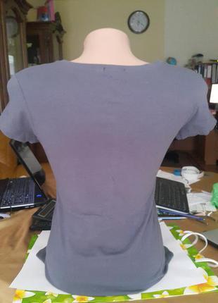 Новая летняя качественная футболка yes or no темно-серого цвета с cеребряным рисунком3 фото