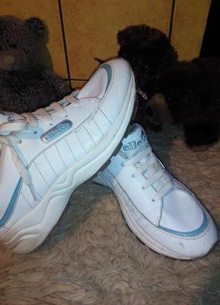Кожаные кроссовки ellesse