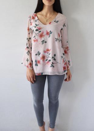 Блузка в цветы f&f