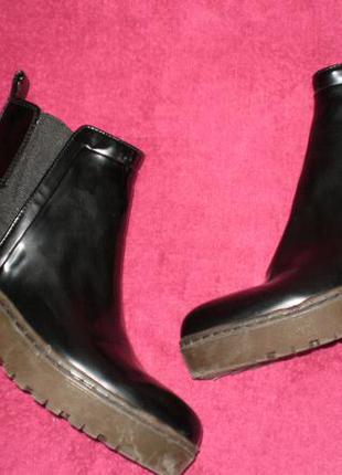 Ботинки челси для дождя, слякоти zara (зара) 41р. стелька 26,5см.