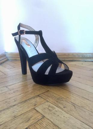 Новые стильные черные босоножки на высоком каблуке primark 39 размер торг