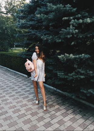 Супер стильное и модно платье -рубашка с коротким рукавом