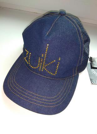Классная кепка zuiki