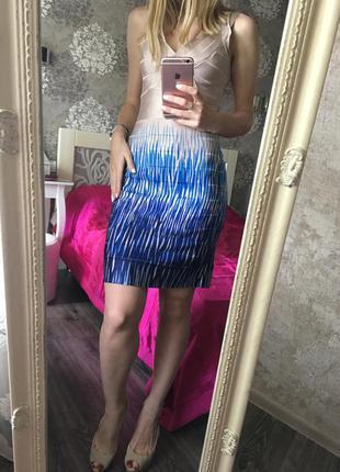 Модное оригинальное платье