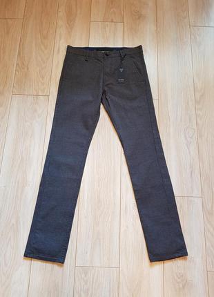 Мужские брюки guess. новые.