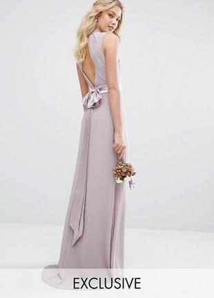 Платье макси с высокой горловиной и бантиком сзади tfnc london