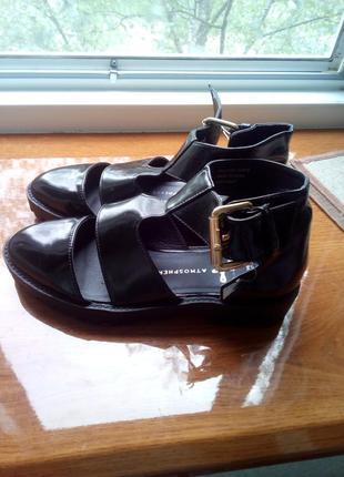 Туфли-сандали на тракторной подошве