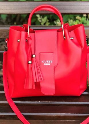 Элегантная и очень стильная женская сумочка guess