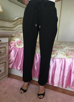 Стильные брюки для модницы