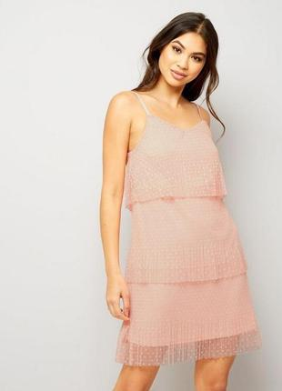 Нереально нежное красивое платье сетчатое с оборками на тонких бретелях,