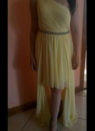 Ніжне вечірнє плаття