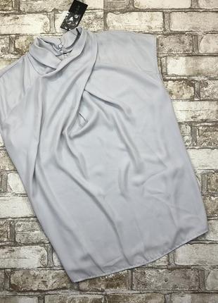 Оригинальная и безумно красивая блуза с переплетением на груди