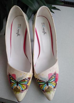 Классные туфли от neefs производство турция, 38(24,5)