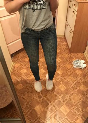 Новые джинсы, заниженная талия