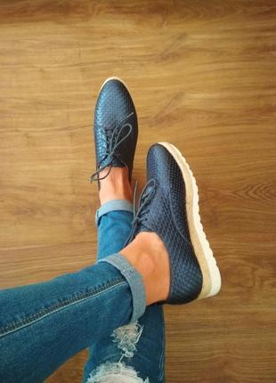Ботинки  туфли chika10