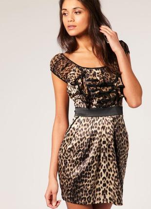 Стильное сатиновое леопардовое платье lipsy з шифоновыми рюшами, 12 размер