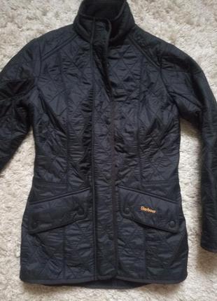 Курточка демі від barbour