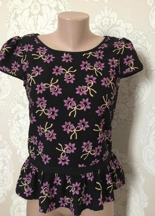 Блуза с рюшей, размер m-l