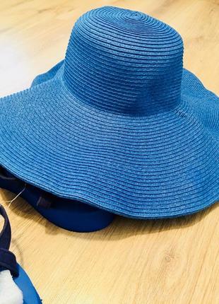 Шляпа ультрамодная из натуральной ткани