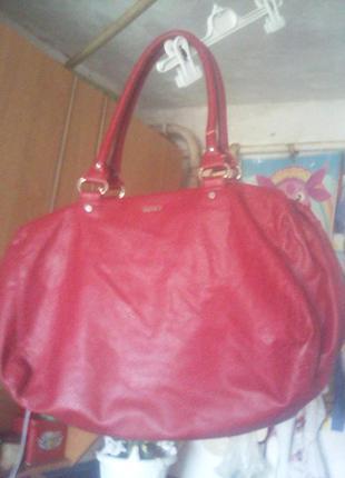 Вместительная сумка для шопинга или поездок