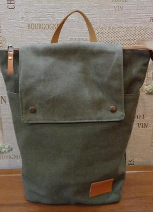 """Представляем сумки-рюкзаки средние в стиле """"милитари""""."""