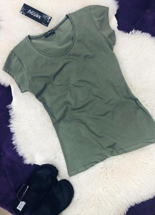 Стильные базовые однотонные футболки в наличии