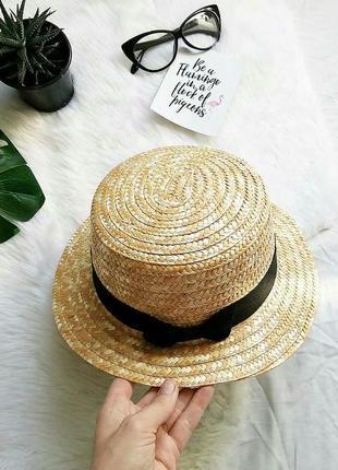 Новая соломенная шляпа канотье