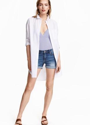 Длинная белая рубашка из льна