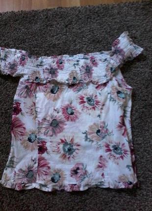 Нарядна блуза  р. 14