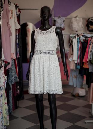 Большая расспродажа!!!  нежнейшее кружевное платье от house