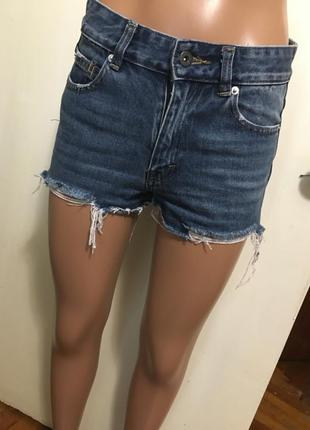 Крутые шорты от pull &bear