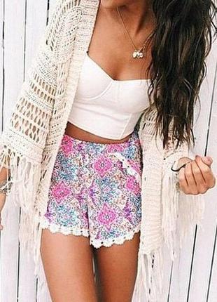 Модные шорты в стиле бохо