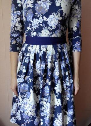 Платье с цветочным принтом vovk