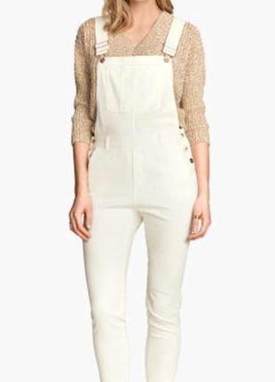 Белый джинсовый комбинезон h&m