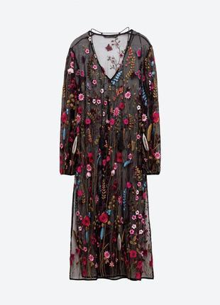 Красивое вышитое платье zara
