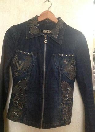Котоновый пиджак sassofono