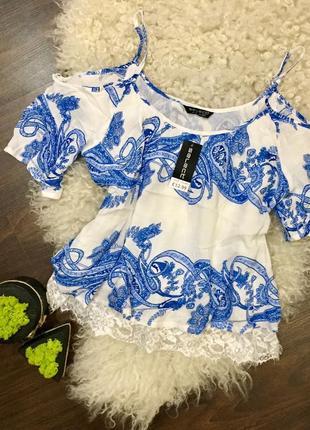 Красивая футболка с открытыми, спущеными, плечами, блуза, блузка с кружевом select