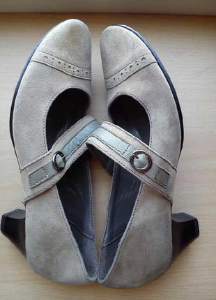 Новые замшевые туфли от office london